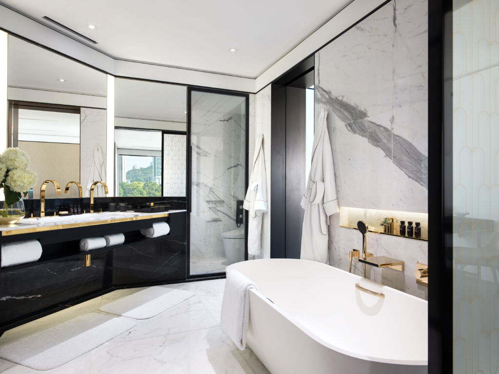 THE MURRAY – Signaure Suite Bathroom