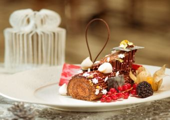 yule log ritz carlton café