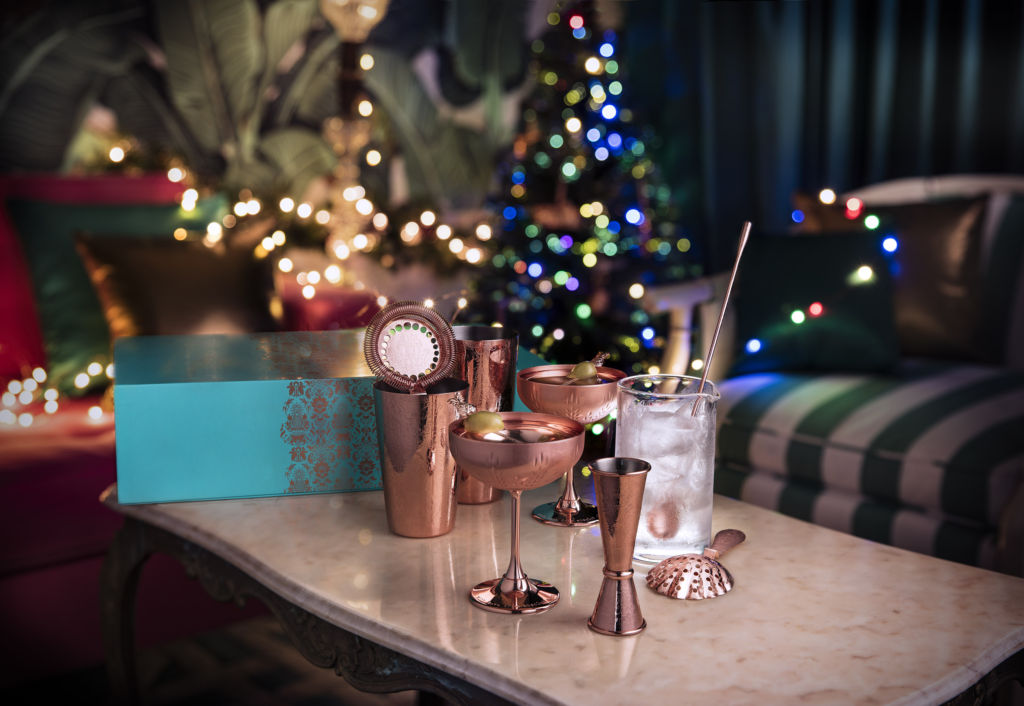 Elyx Deluxe Cocktail Kit out of Box_Festive