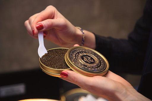 Royal Caviar Club give away