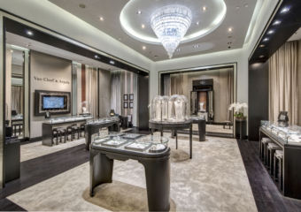 DFS-T-Galleria-Four-Seasons-van-cleef