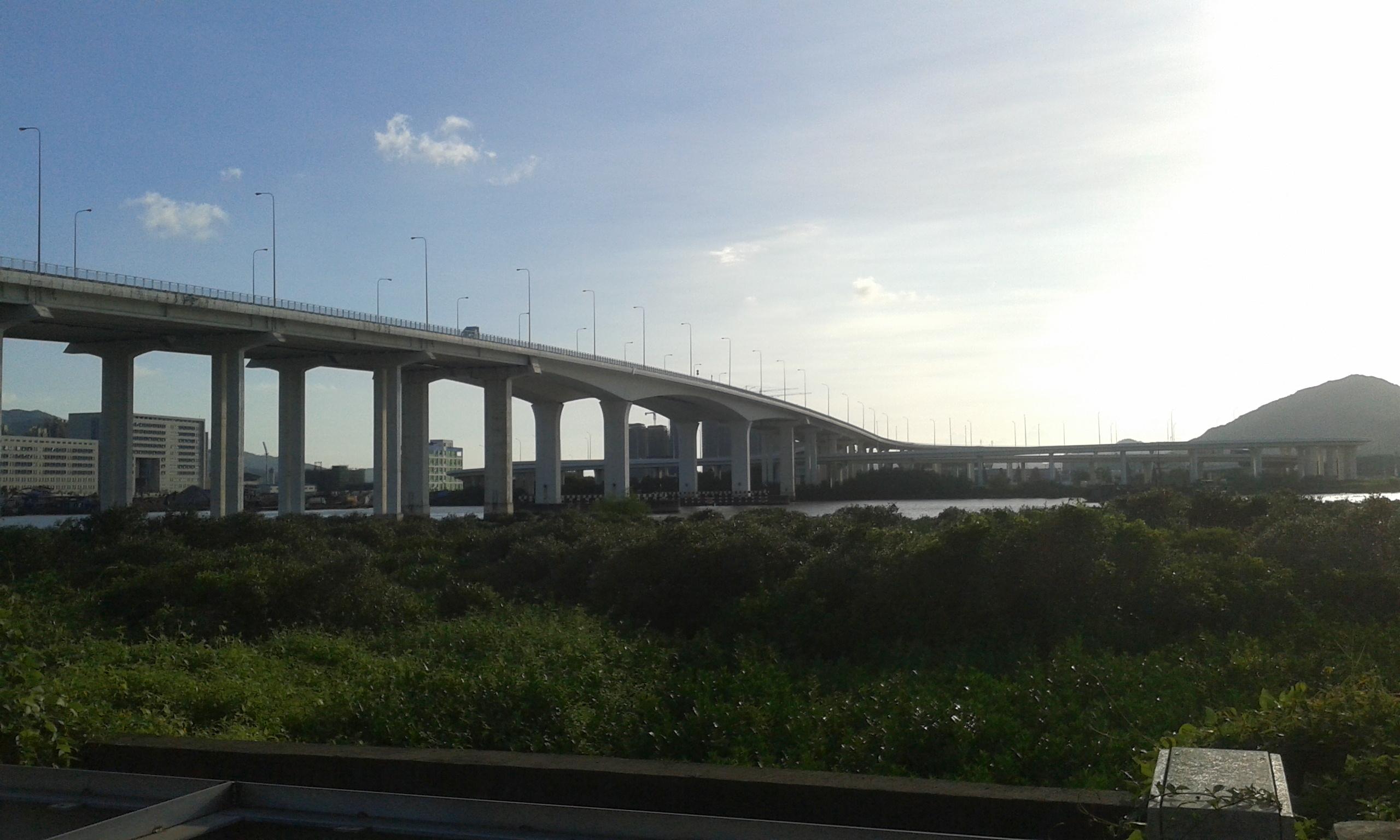 macau zhuhai border Ponte Flor de Lótus