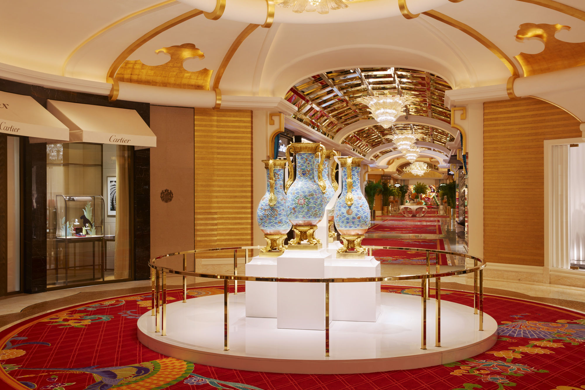 Buccleuch Vases Wynn palace art Macau art guide