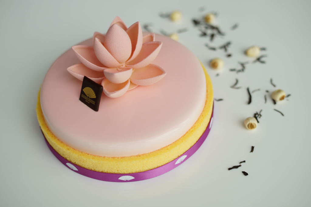 Macau_The Mandarin Cake Shop_Signature Cake_Pink Bloom
