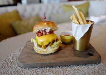 Mandarin Oriental Macau Lobby Lounge menu MO Wagyu Burger