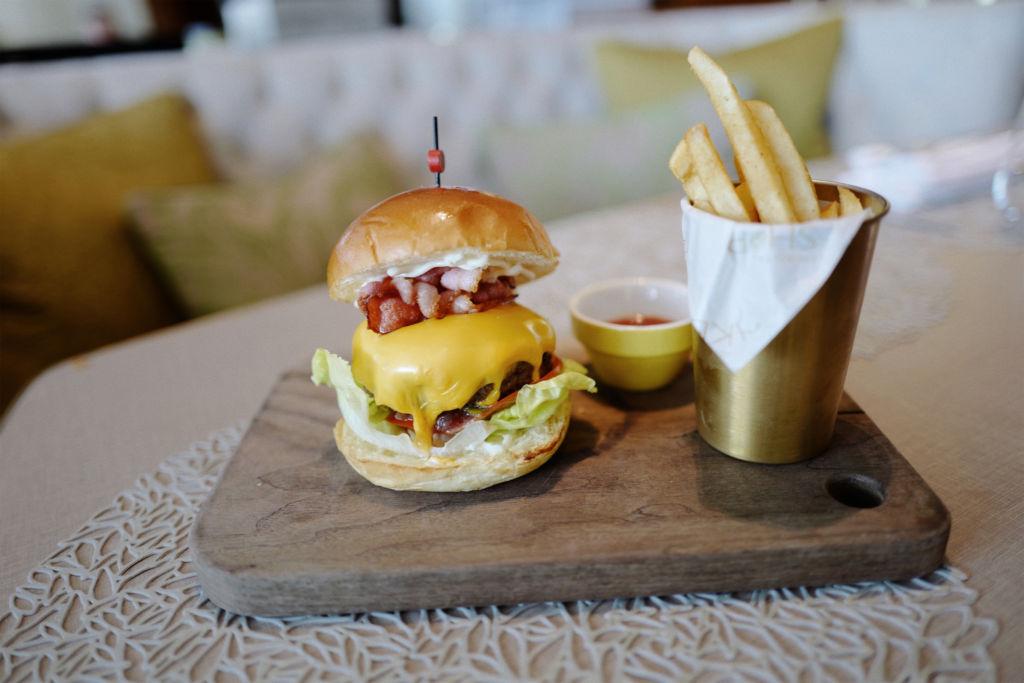 Mandarin Oriental Hotel Macau Lobby Lounge menu MO Wagyu Burger