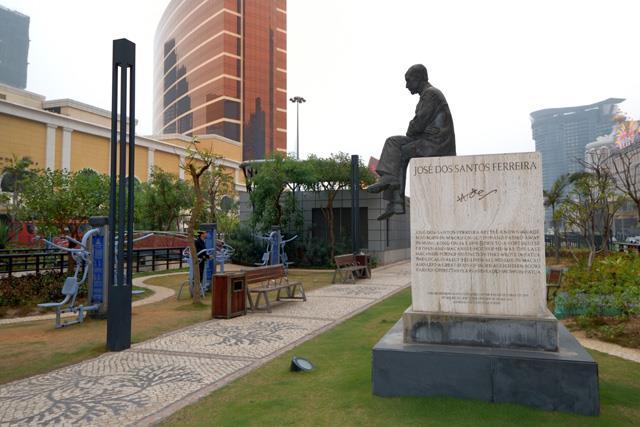 Arts Garden Macao Sculpture View