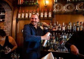 Linje Tio head bartender Leo Lahti
