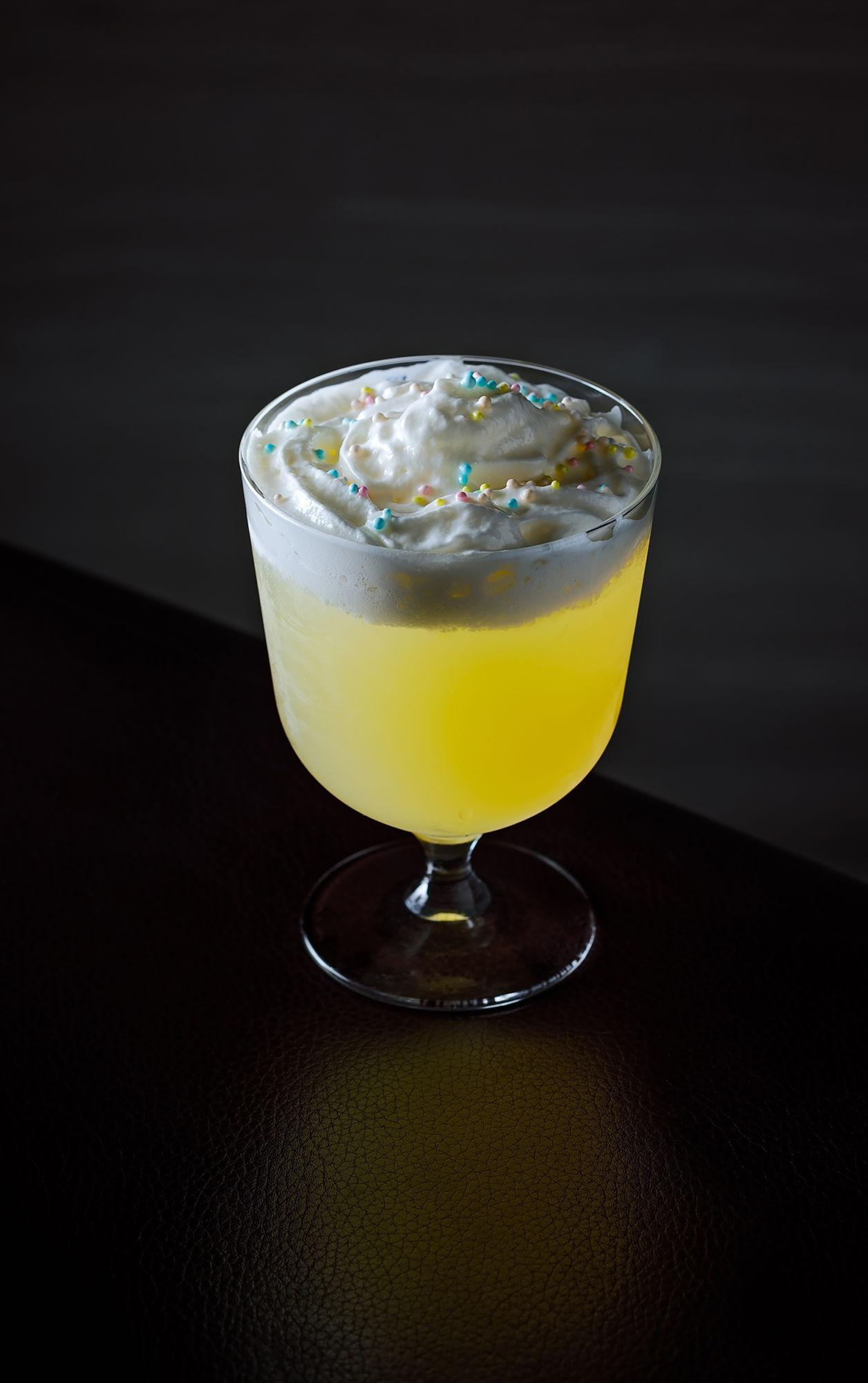 Pundusina vida rica bar art in mixology volume 2 movies cocktails mandarin oriental macao