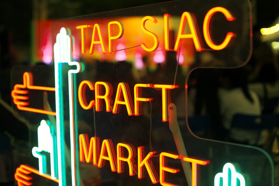 Tap Siac Fair Neon Sign family events macau november