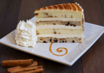 The Cheesecake Factory Macao_Cinnabon® Cinnamon Swirl Cheesecake
