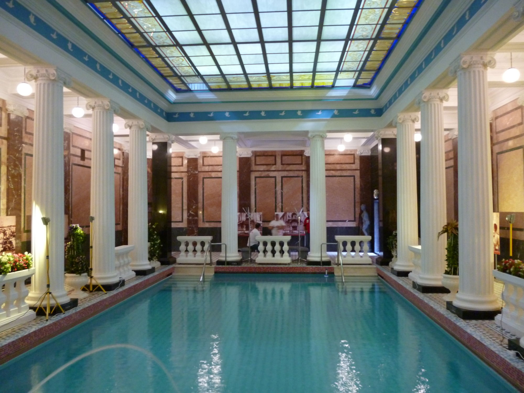 10 things to do in moscow banya sanduny