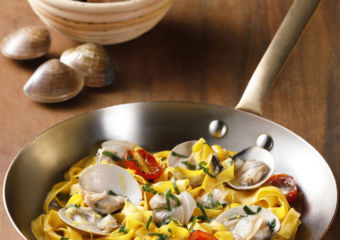 Rossi Trattoria_Fettuccine with Clams and Roasted Cherry Tomatoes