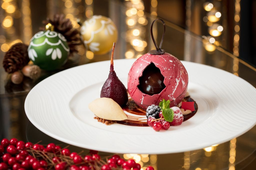 Banyan Tree Macau – Belon – Christmas Dinner Set Menu – Dark Chocolate with Red Wine Poached Pear_1