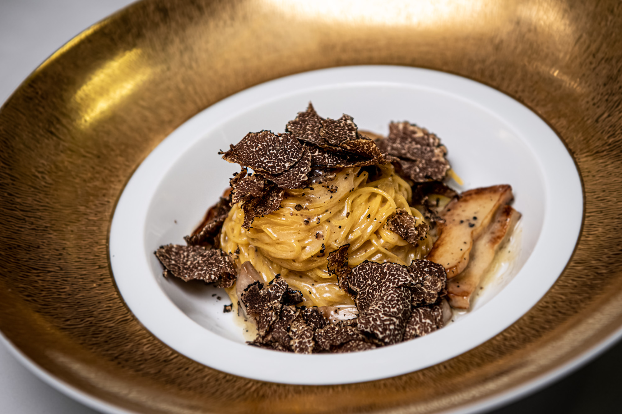 Grand Lisboa Casa Don Alfonso Home-made tagliolini with Porcini mushrooms and Italian black truffle