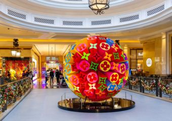 Sands Shoppes Macao LV Christmas Decoration