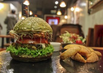vegetarian burgers veggie castle macau lifestyle