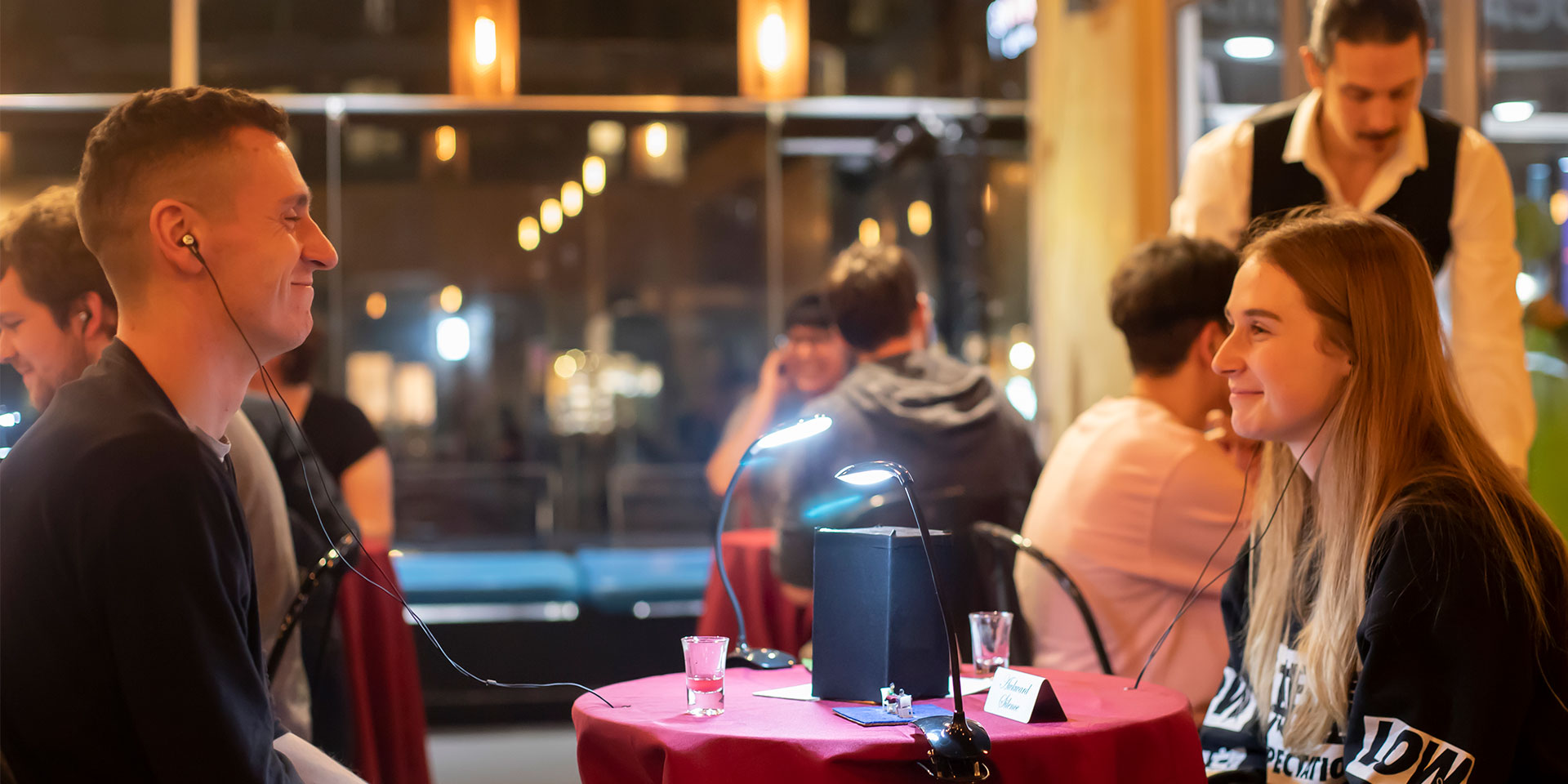 binaural dinner date at a cafe in macau