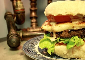 larry's place veggie burger macau
