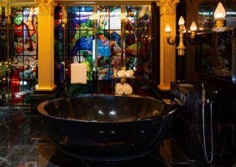 the 13 hotel Du Comte (3)
