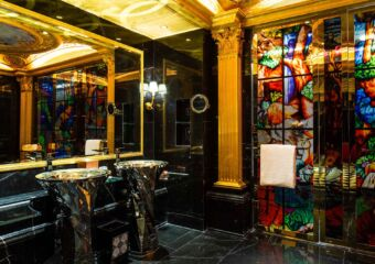 the 13 hotel Du Comte (4)