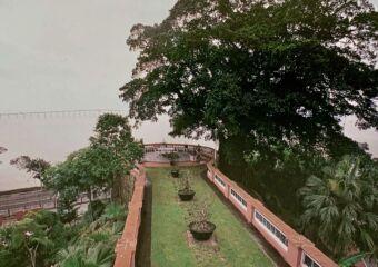 Santa Sancha Gardens Overlooking the Bridge Source ICM Book 1993