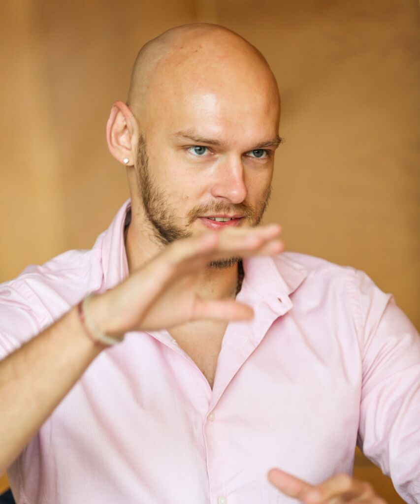 Astrologer Justin Andries Wellness guide Hong Kong march