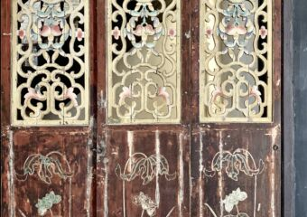 Mandarins House Chinese style ornate door