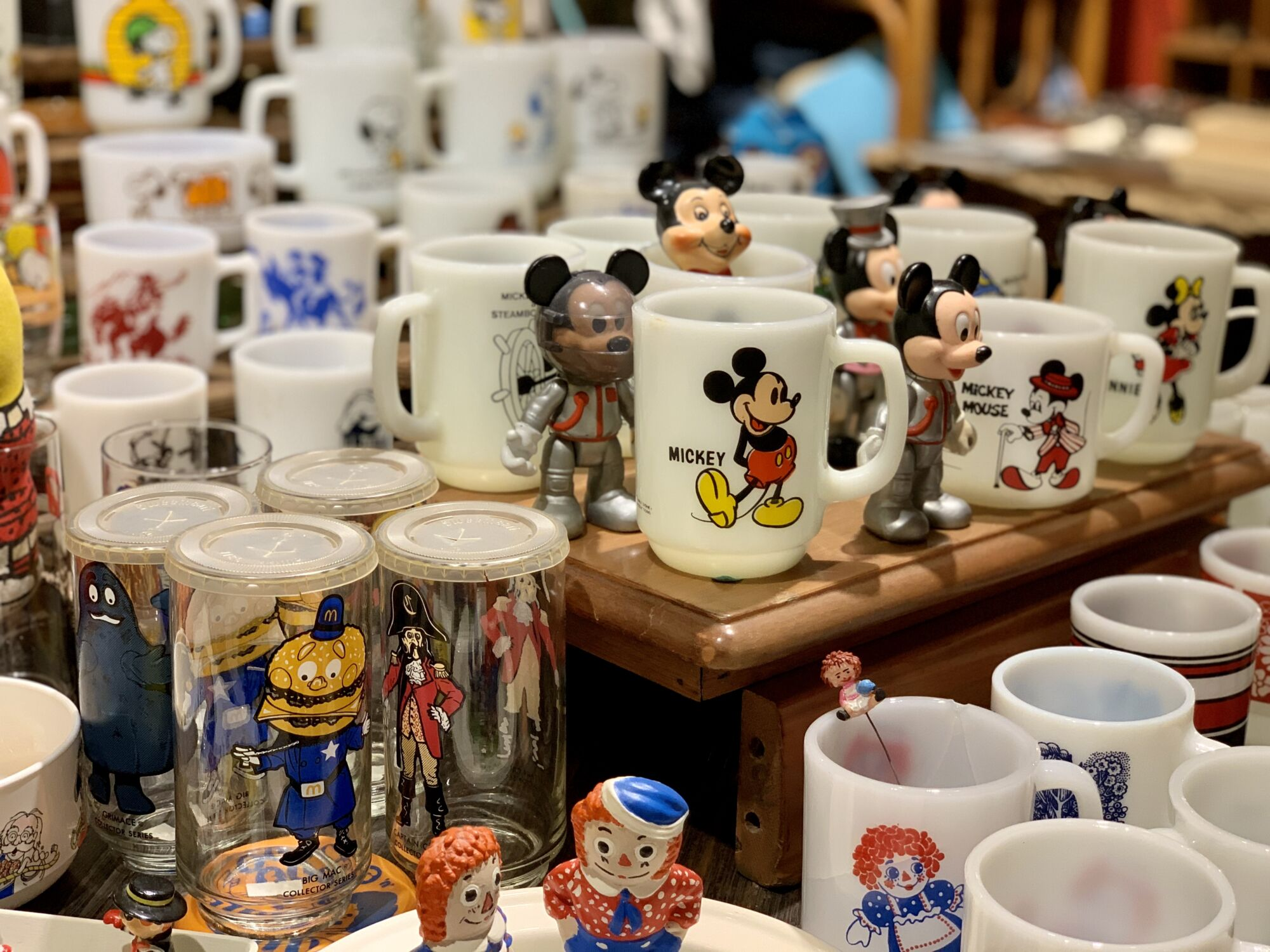 Collectore Vintage Shop Cups Collection Macau Lifestyle