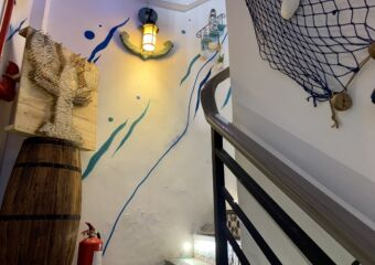 Kings Lobster Interior Staircase Decor Macau Lifestyle