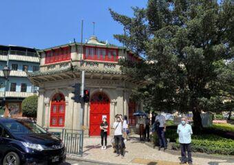 chinese octagonal pavilion macau pedestrian crossing