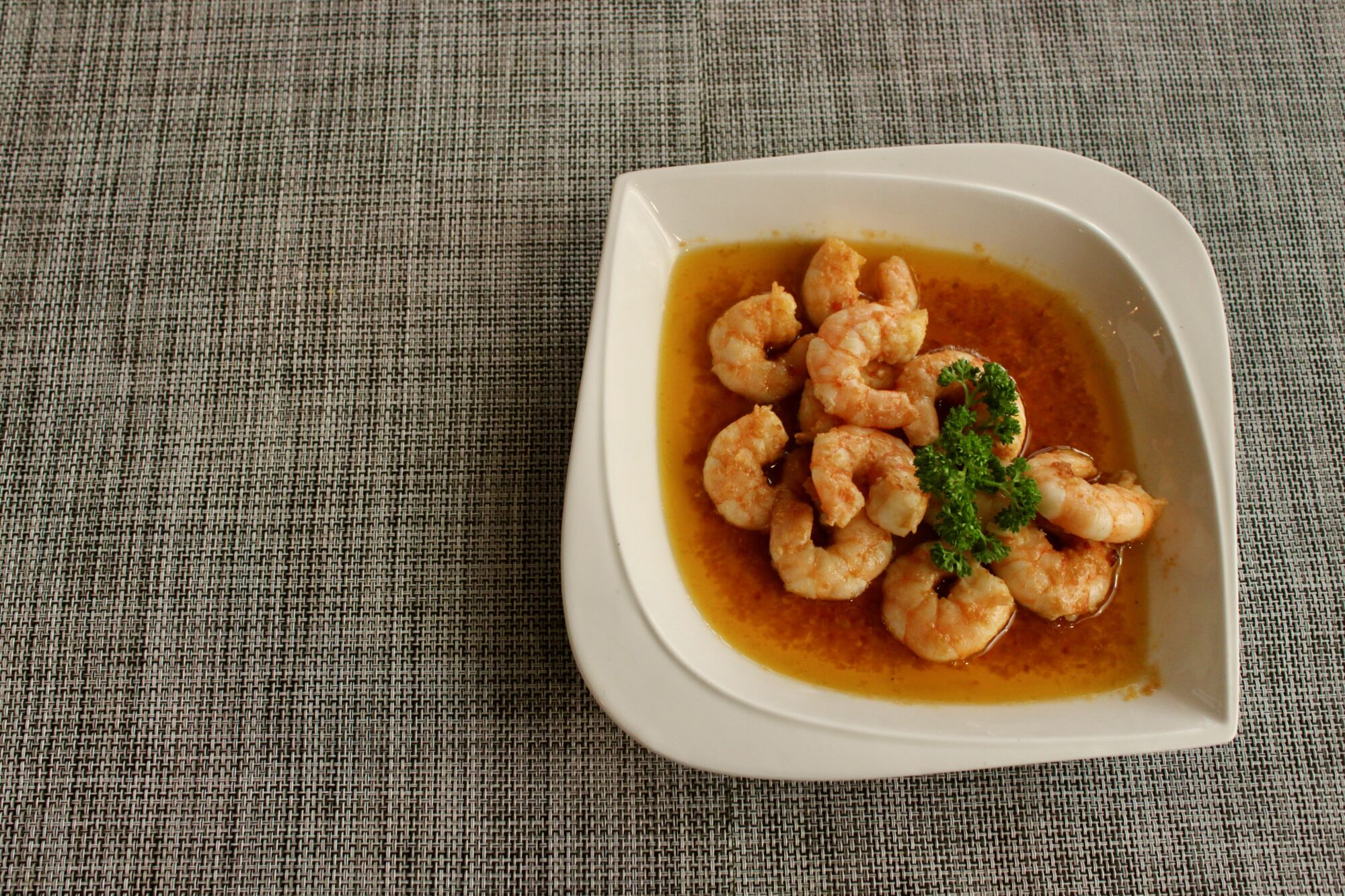 mariazinha portuguese restaurant macau sauteed shrimp in olive oil and garlic and spicy sauce