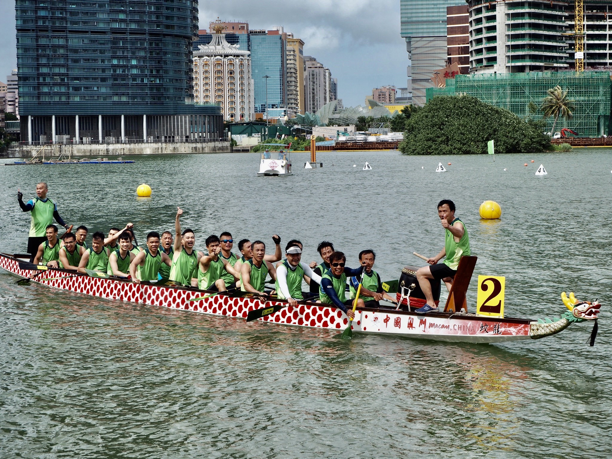 Macao Dragon Boat Races 2020 Light Green Team Smiling to the Camera Macau Lifestyle