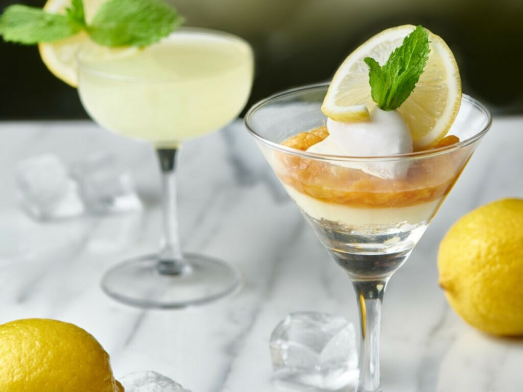 Summer-Dessert-Lemon-Curd-Verrine-with-Lemon-Lime-Twist
