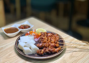 Loly Indonesian Food Sate Ayam on the Table from Afar Macau Lifestyle