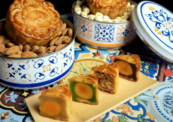 Mandarin Oriental Macau – Tiffin Carrier Mooncakes
