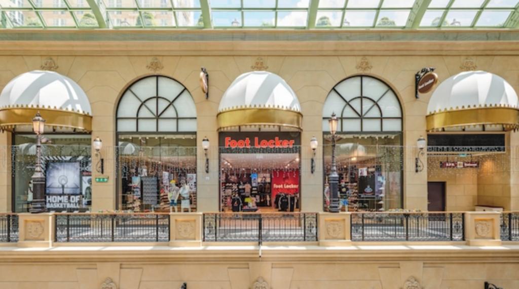 foot locker shop at the parisian macao exterior