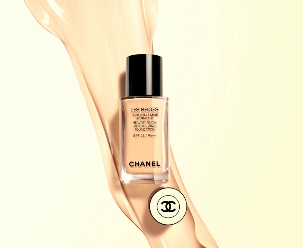 CHANEL Les Beiges Healthy Glow Moisturizing Foundation October beauty buys