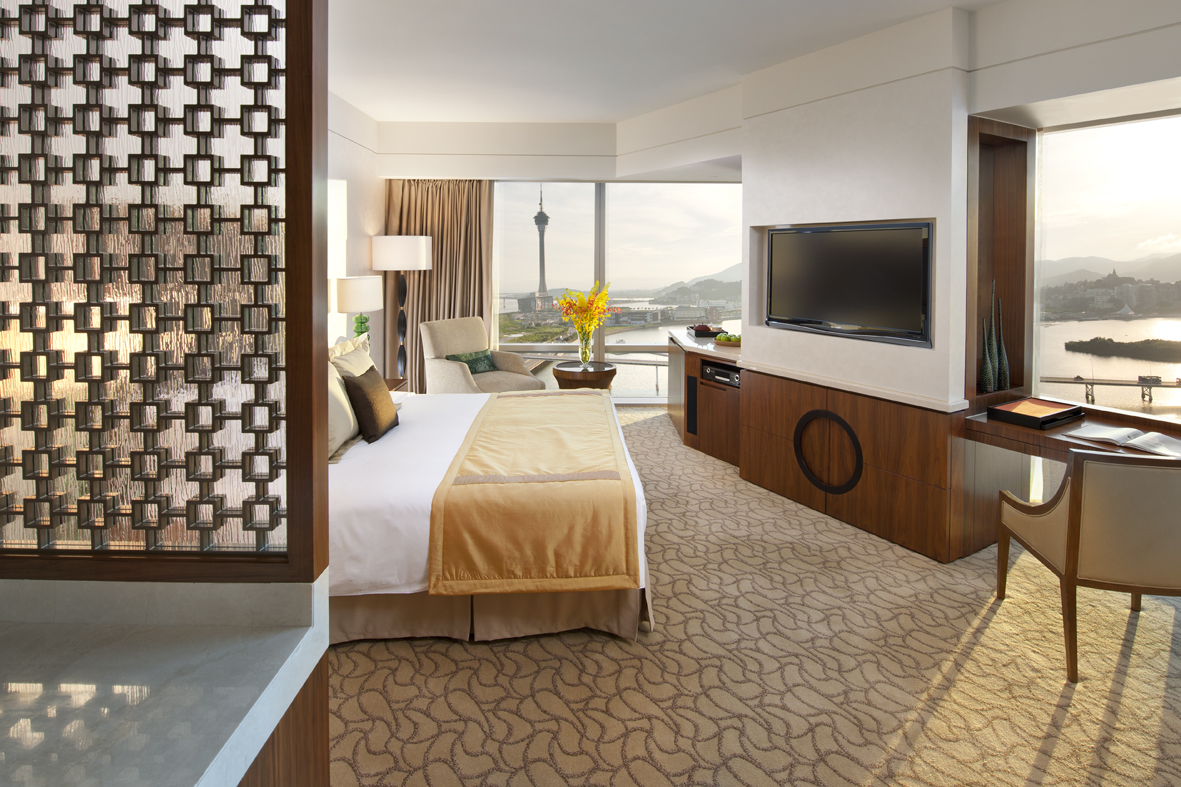 Photo-Mandarin Oriental, Macau-Deluxe City View