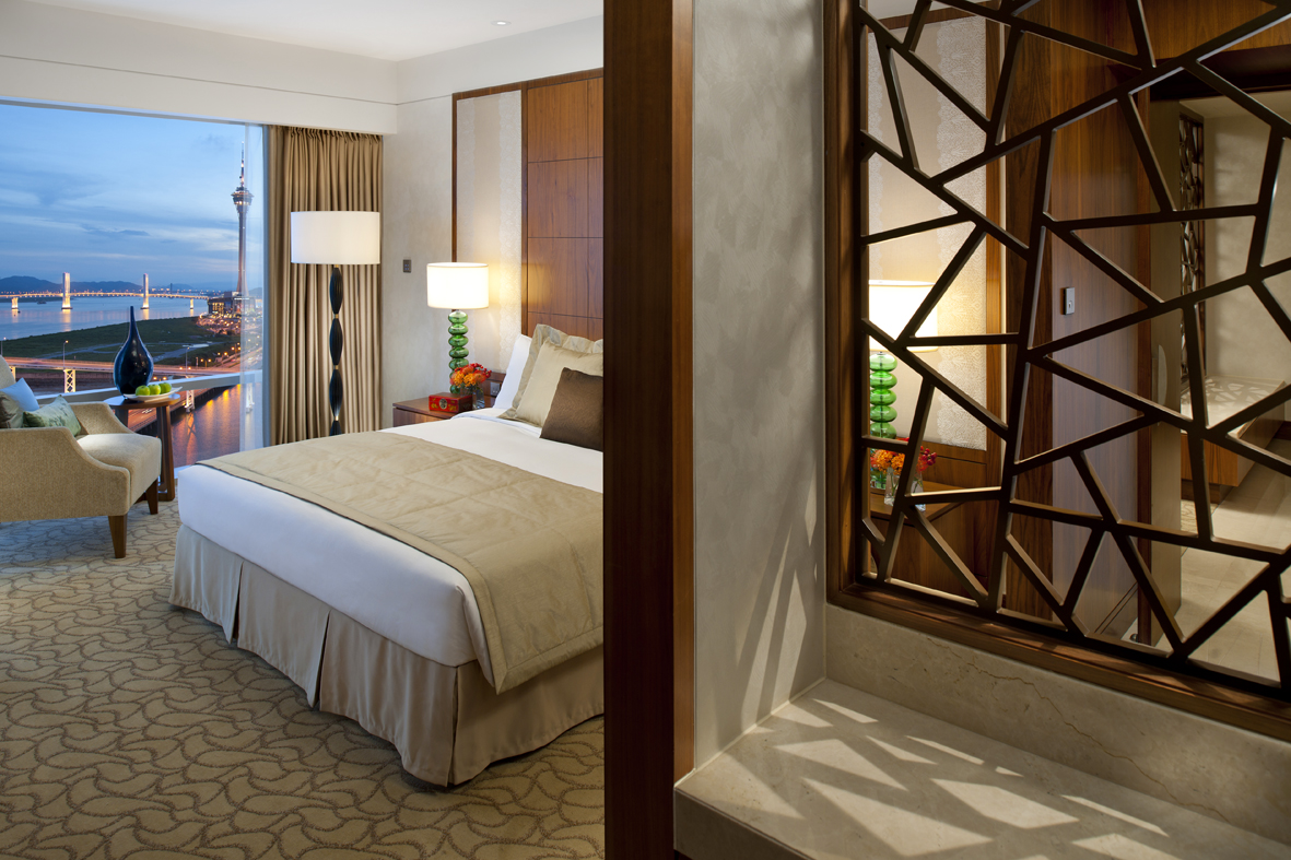 Photo-Mandarin Oriental, Macau-Deluxe Suite