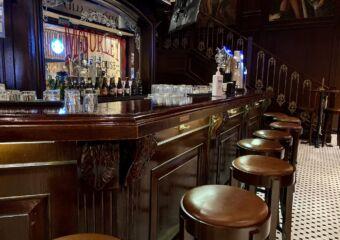 mcsorleys ale house venetian macau lifestyle bar counter
