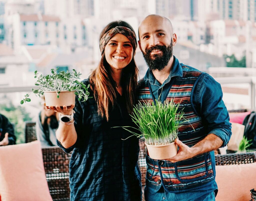 Mighty Green Featured Cintia and Guilherme
