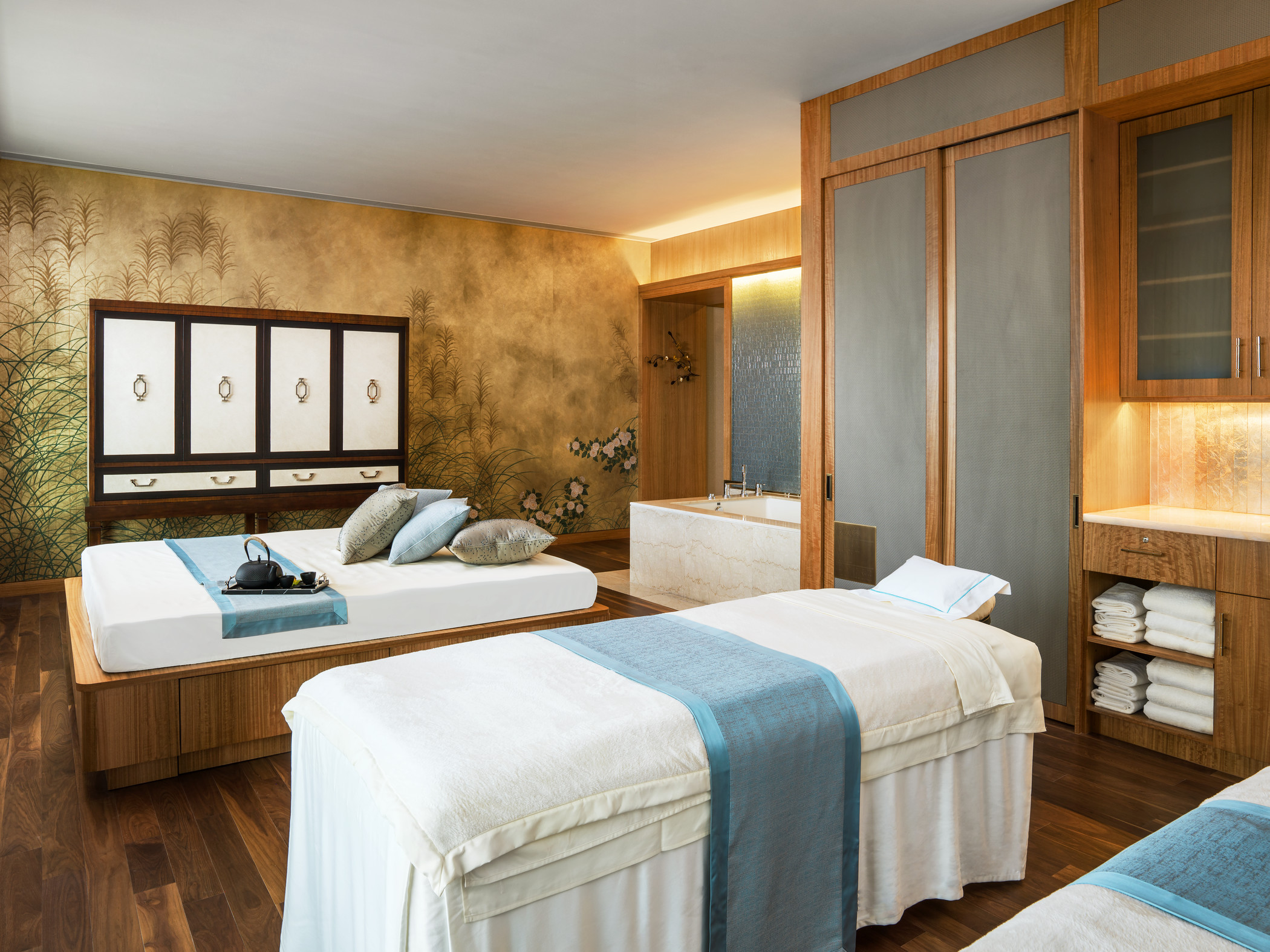 Iridium Spa Couple Suite