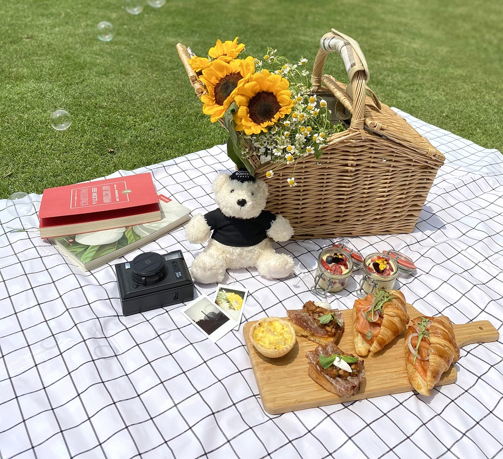 Picnic Table with Food and Mascot A Date with Spring Picnic Experience at Sheraton Grand Macao