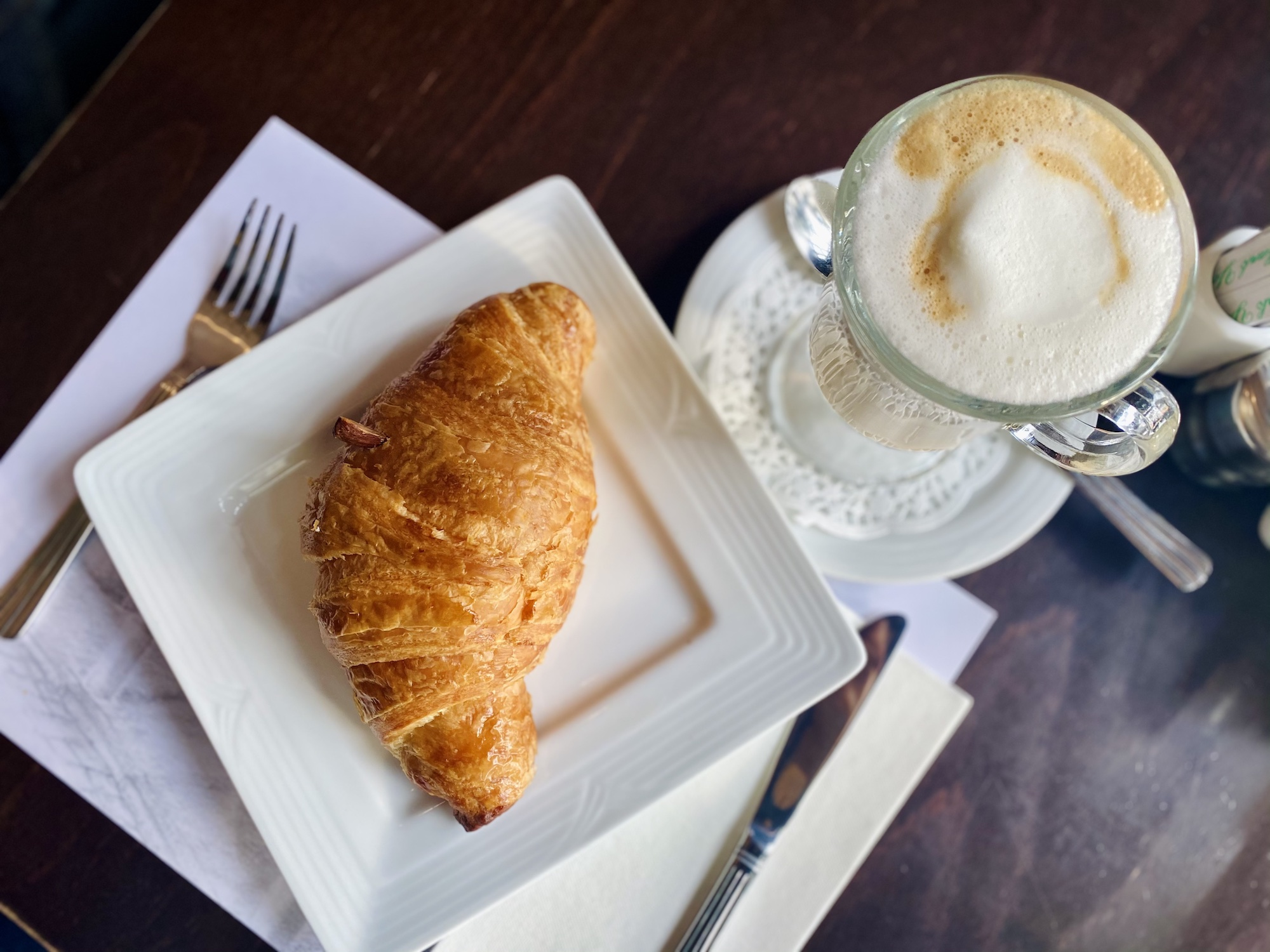 lord stow's garden cafe croissant