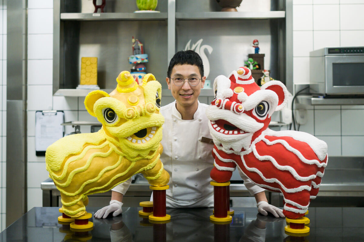 MGM Culinary Craftsmanship Chef Neo Ng and lion chocolate sculptures