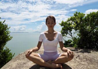 Lou Lou wellness coach meditating